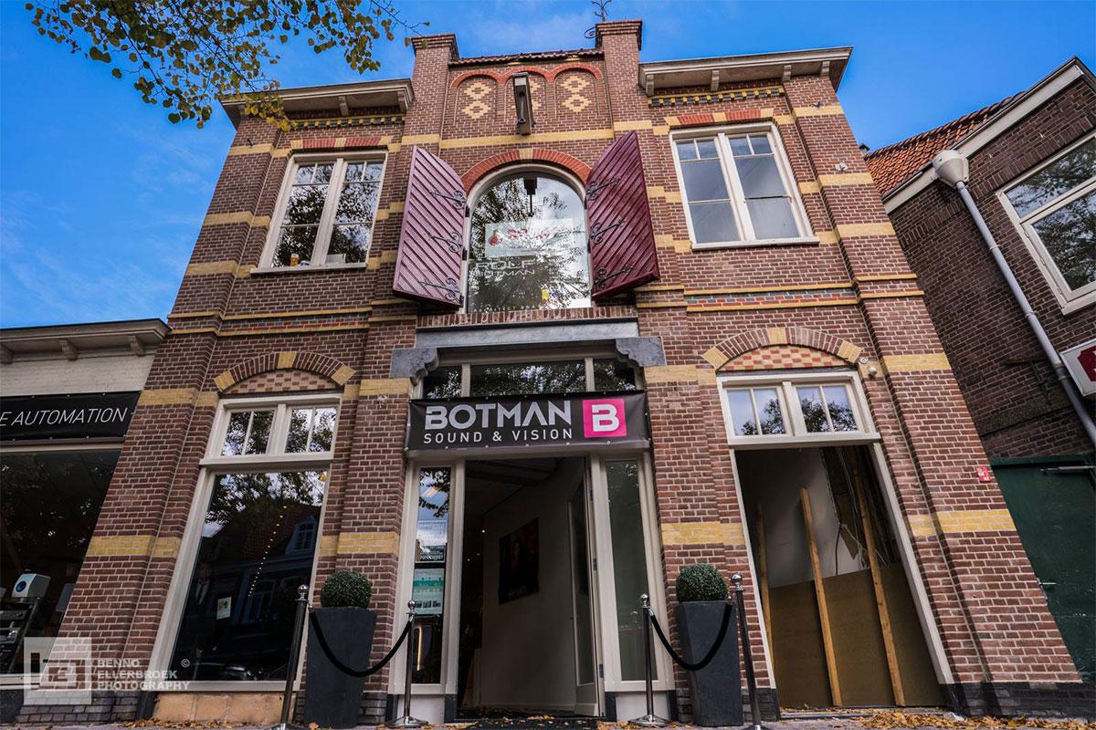 Renovatie Botman Sound & Vision te Hoorn