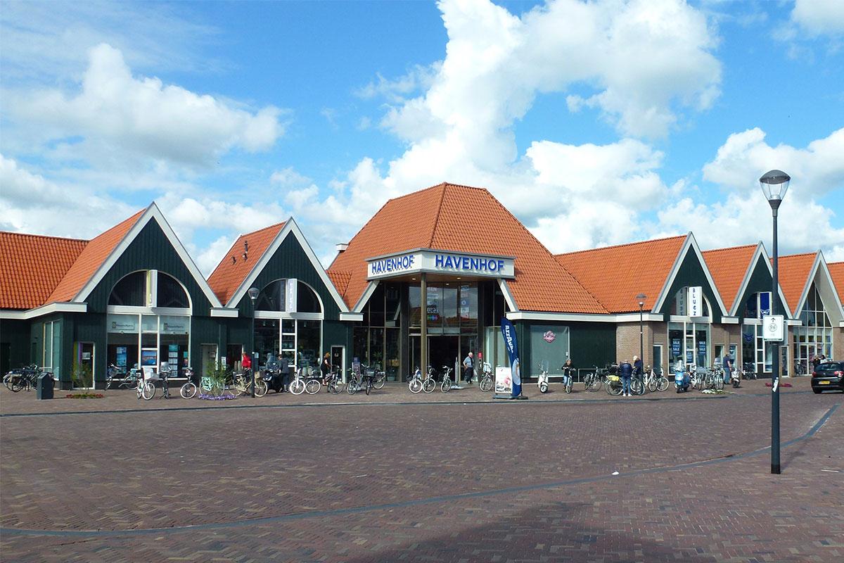 Winkelcentrum Havenhof te Volendam